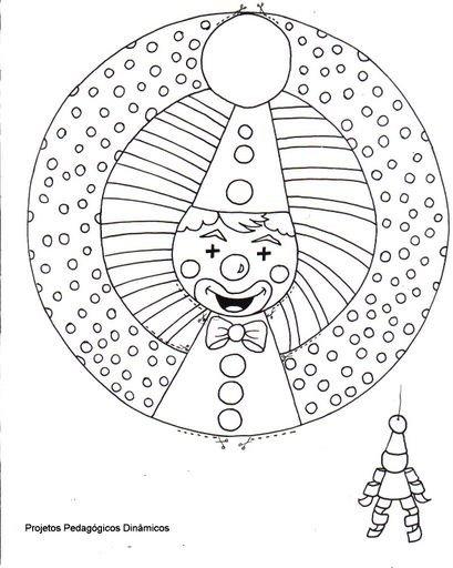 Un pagliaccio da colorare e ritagliare intorno alle due for Addobbi per l aula di carnevale